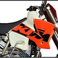 KTM 4 STROKES (2003) 3.1 GAL.